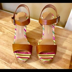 Brand New In Box Chinese Laundry Sandal Wedges 8